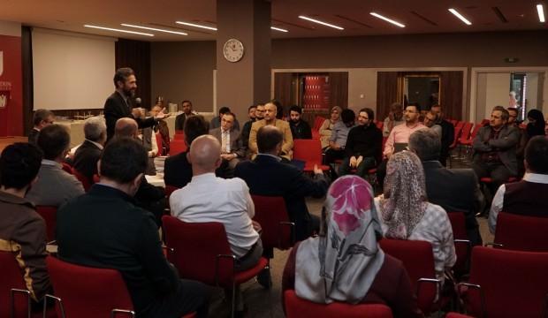 İHU'da 'Kolokyum ve Rektör Çayı Serisi' başladı