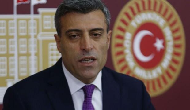 Türkçe ezan isteyen Öztürk için CHP'den karar!