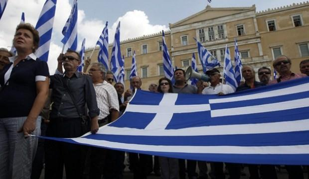 Yunanistan'da işsizlik gerilemeye devam ediyor