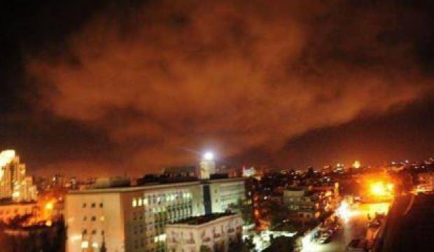 ABD Suriye'yi vurdu! Çok sayıda ölü var