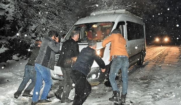 Mahsur kalan 22 kişi kurtarıldı