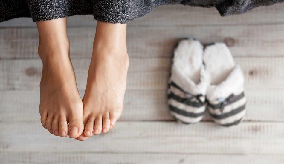 Ayak üşümesi neden olur? Ayaş üşümesine ne iyi gelir?