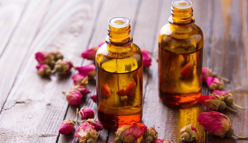 Gül yağının cilde faydaları nelerdir? Gül yağı cilde nasıl sürülür?