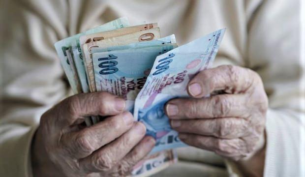 Emekli bayram ikramiyesine enflasyon ayarı! Bin lira ikramiye artacak mı?