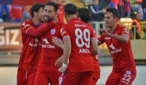 Altınordu evinde Adanaspor'u devirdi