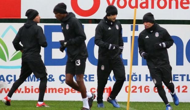 Beşiktaş'ta hazırlıklar 6 eksikle başladı