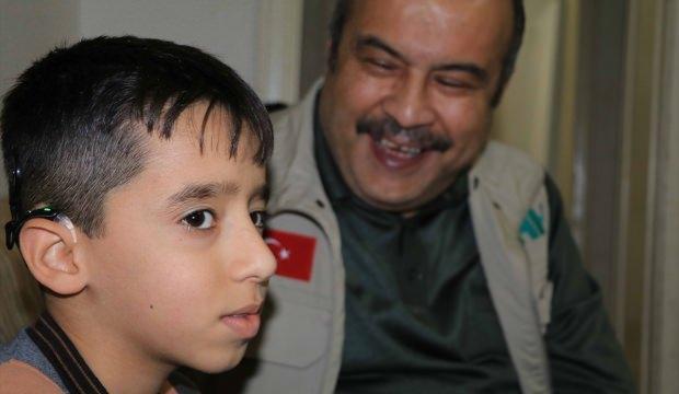 Iraklı Hüseyin'in işitme cihazı sevinci