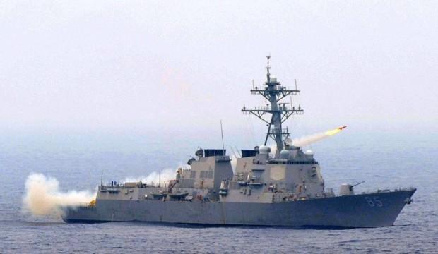 ABD savaş gemisi Rus üssüne... Gerilim patladı