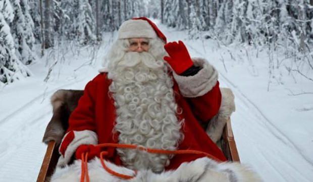 Noel Baba yok diyen öğretmenin başı belaya girdi!