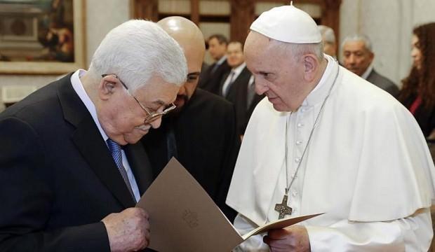 Abbas ve Papa Ortadoğu'yu konuştu