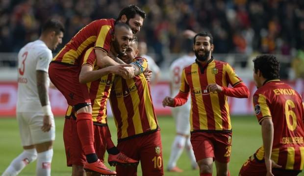 Yeni Malatyaspor'un zirve yürüyüşü sürüyor!
