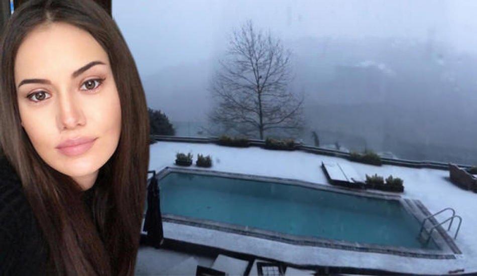 Fahriye Evcen'den muhteşem kar manzarası!