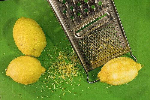 kirpiklere limon kabuğu