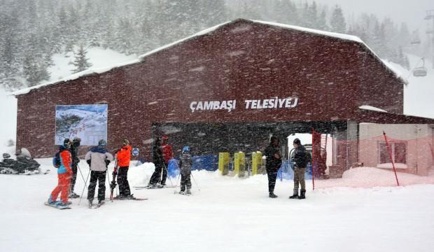 Çambaşı Kayak Merkezi doldu taştı