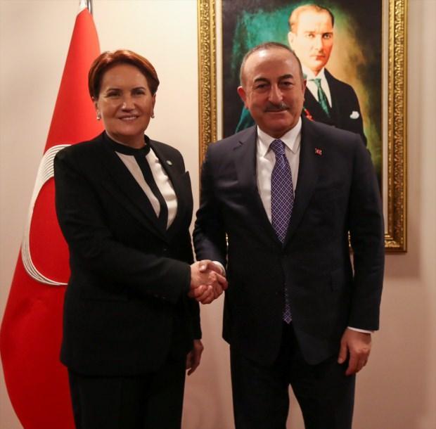 Dışişleri Bakanı Mevlüt Çavuşoğlu, İYİ Parti Genel Başkanı Meral Akşener ile görüştü.