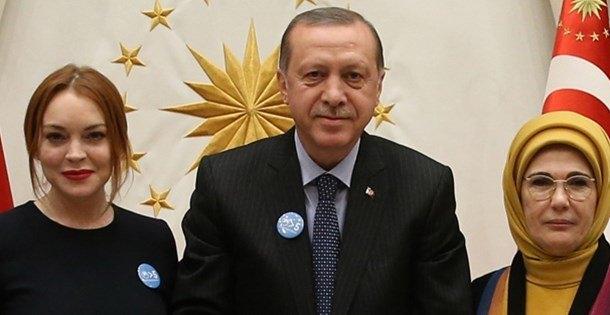 Lindsay Lohan Tayyip Erdoğan