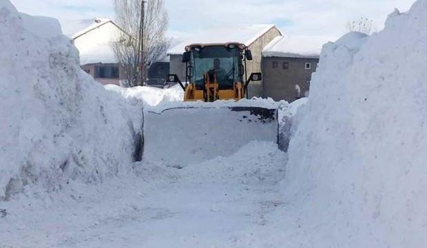 Öğrenciler 12 gündür kar tatili yapıyorlar!