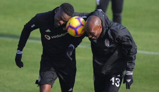 Beşiktaş'ta ayrılık! Transfer resmen açıklandı!