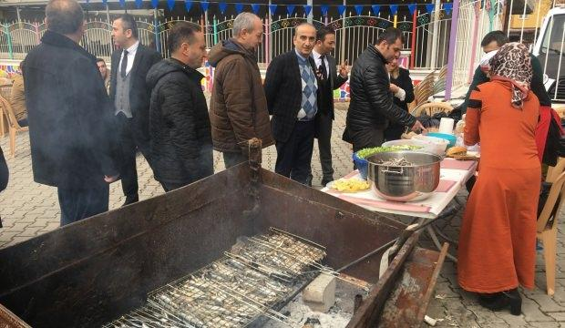 Fatsa'da öğrenciler lösemili çocuklar için reçel sattı
