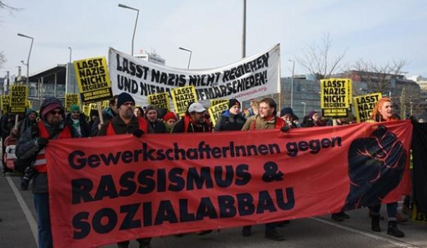 Avusturya'da aşırı sağcı partiye protesto!