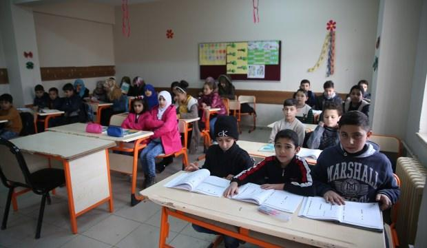 """Suriyeli Kürt öğrencilerin """"terörsüz vatan"""" özlemi"""