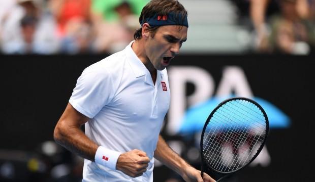 Federer set vermeden turladı!