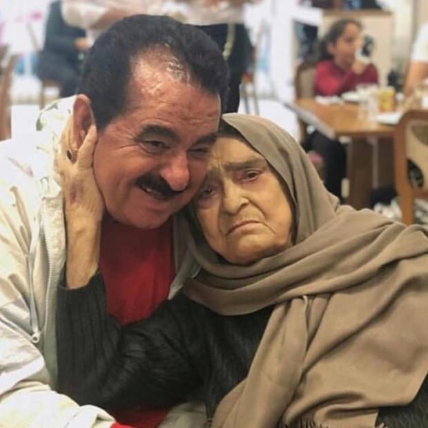 ibrahim tatlıses ve annesi