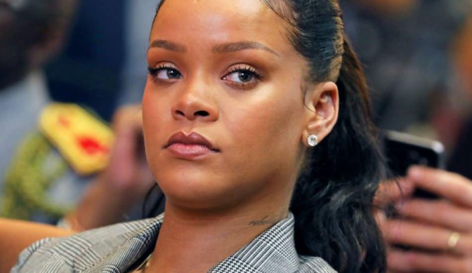 Rihanna babasıyla mahkemelik oldu!