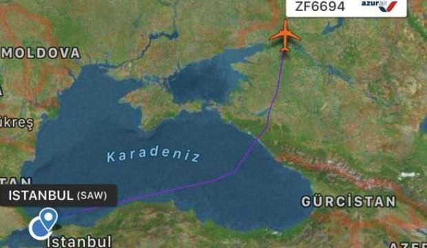 Sabiha Gökçen'de uçak kuşa çarptı pilot anında uyardı