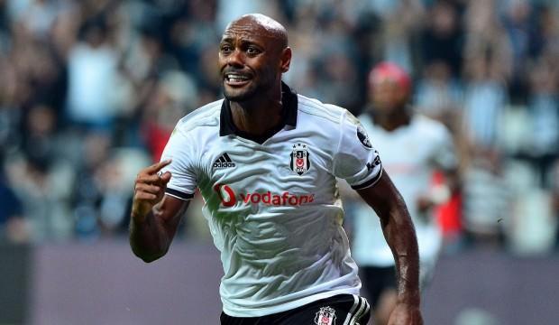 Beşiktaş'tan ayrıldı, yeni takımıyla imzaladı