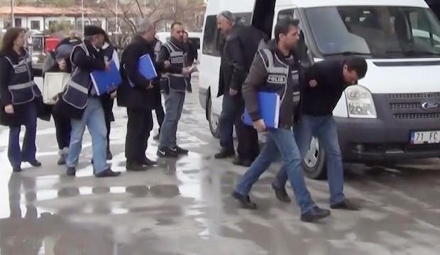 Milyonluk vurgun yapan çete üyesi 11 kişi tutuklandı