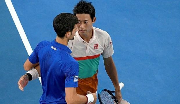 Nishikori çekildi, Djokovic yarı finale çıktı