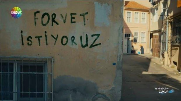 Çukur duvar yazısı