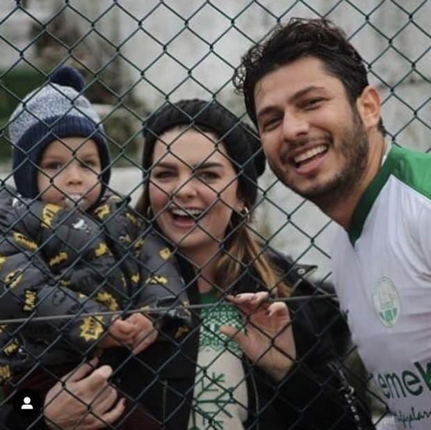 Pelin Karahan ve ailesi