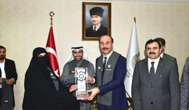 Kuveytli hayırseverlerden, Suriyeli öğrenci ve kadınlara destek