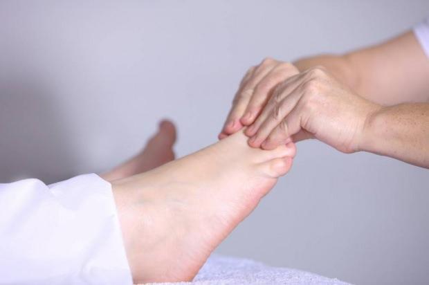 ayak şişmesi nasıl geçer