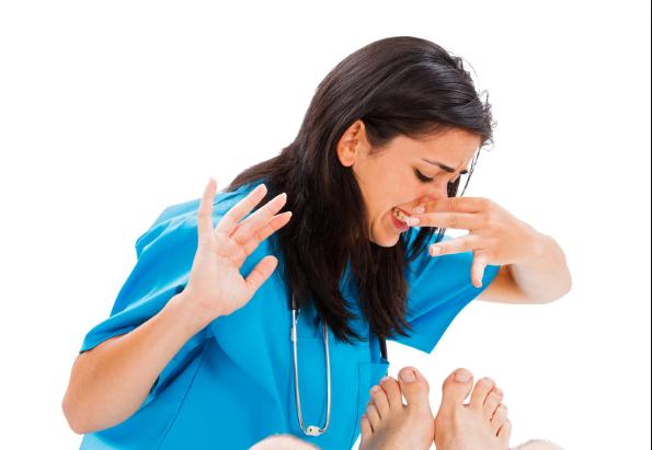 ayak kokusuna doğal çözüm