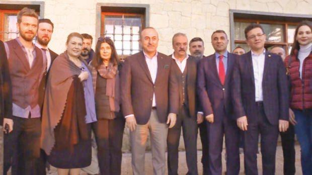 Mevlüt Çavuşoğlu ve yüzleşme dizi oyuncuları