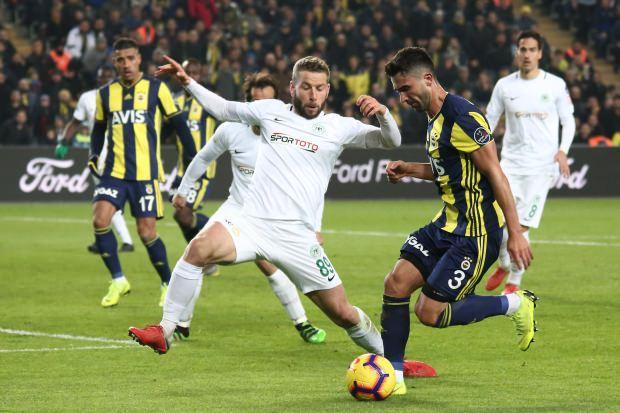 Fenerbahçe Konyaspor'a takıldı!