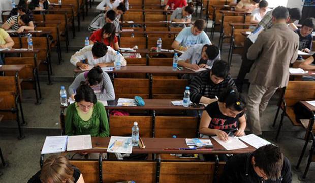 ÖSYM'den öğretmenlere müjde! Sınav görevlisi olmak için yeni tercihler...