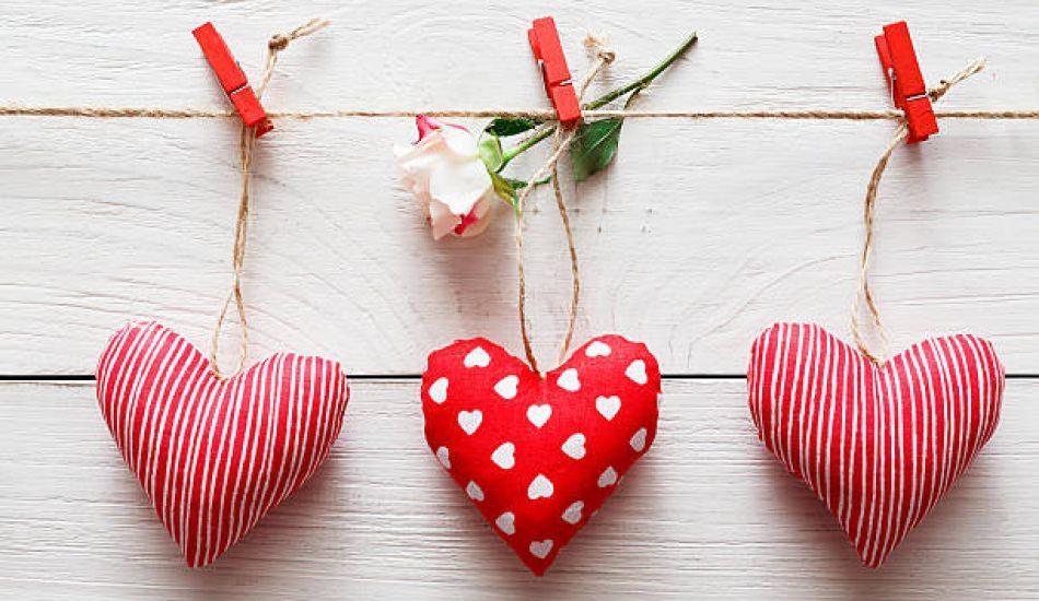 Pratik yolla kalpli yastık nasıl yapılır?