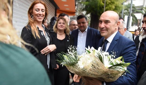 Tunç Soyer'den İYİ Parti binasında HDP mesajı