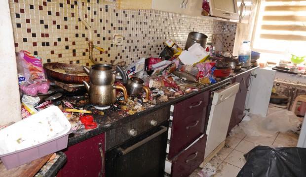 Yalnız yaşayan gencin evini gören şaşkına döndü