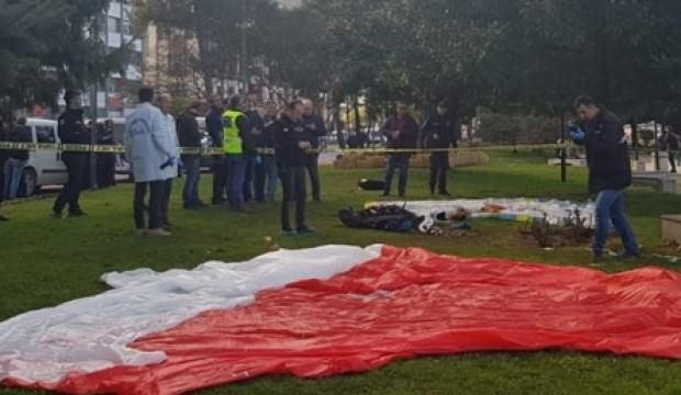 Yamaç paraşütü teleferiğe takıldı: 1 ölü, 1 yaralı