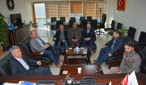 Eğitim-Bir-Sen'den AK Parti'ye ziyaret