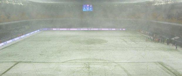 Başakşehir – Bursaspor maçı tatil edildi!