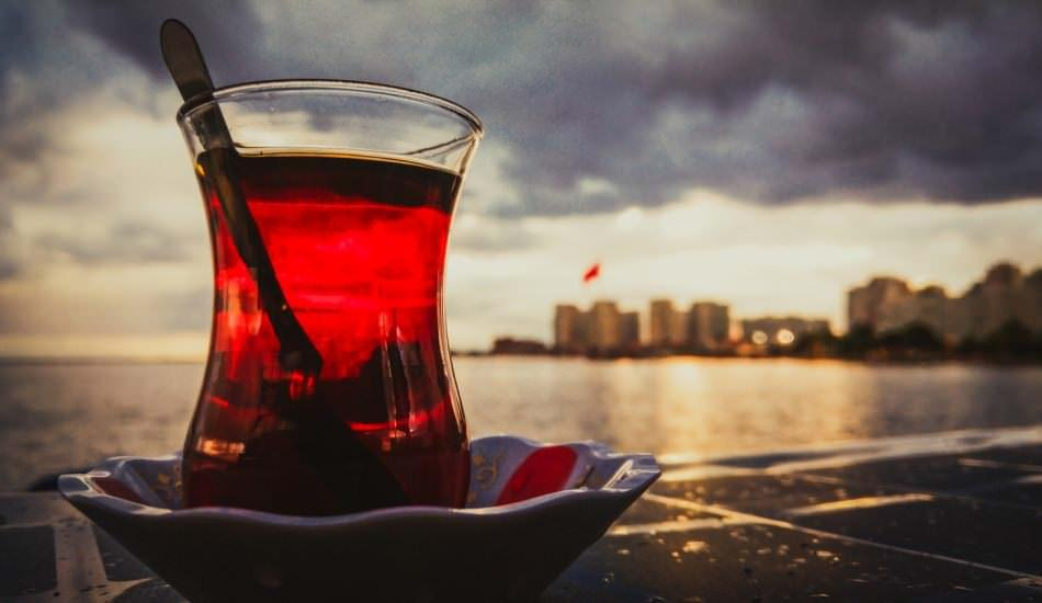 Sıcak çayı sigara ile beraber tüketirseniz...