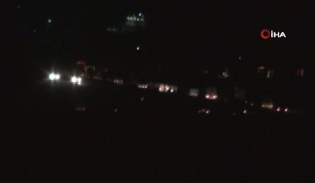 Tam 300 Araçlık Konvoy Gece Vakti Böyle Görüntülendi Güncel