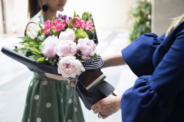 Özel gün çiçek seçimleri