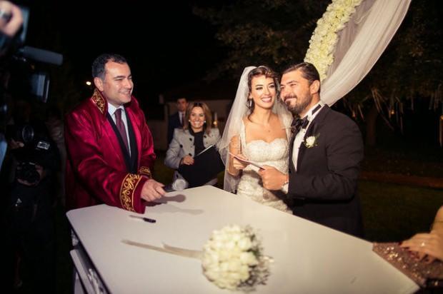 Seda Bakan ve eşi